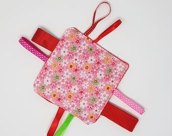 Red tag blanket,  Montessori toy, baby comforter with tags,  crinkle blanket, sensory toy, learning toy for babies, ribbon blanket