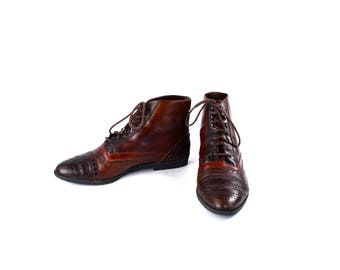 Brown Oxford Ankle Boots with Capped Toe by SABREE