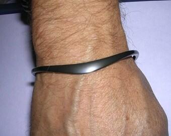 41 Pure Blackened Niobium Bracelet for Men and Women
