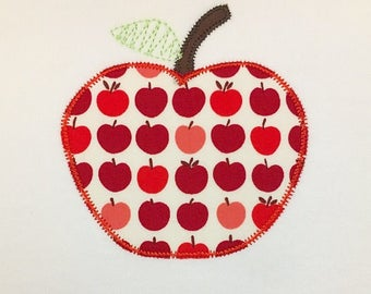 zig zag apple applique with vintage stitch leaf