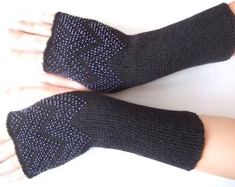 Beaded fingerless gloves, fingerless mittens. Soft and warm handmade knitted BLACK MERINO wool with gray true glass beads. PURE wool.