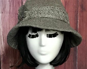 Cloche Hat Flower Wool Tweed with Crochet Band