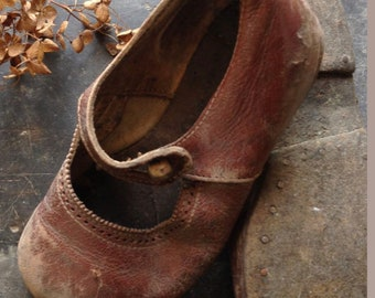 Antique Reddish Brown Kid Leather Mary Jane Shoes