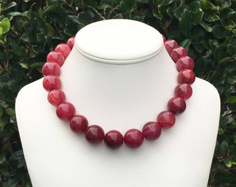 Red Gemstone Necklace Chunky Red Necklace Large Red Bead Necklace Berry Red Necklace Red Statement Necklace 18mm Round Red Agate Gemstones