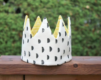 Kid Pretend & dress-up Crown birthday hat- black moon and yellow