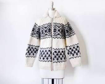 zip up wool sweater, vintage chunky wool cardigan, black and white hand knit Nordic sweater, winter wool sweater, extra small xs