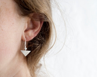 Small silver triangle earrings, lightweight and comfortable to wear, modern design with brushed finish