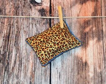 Reusable Sponge - Unsponge - Safari