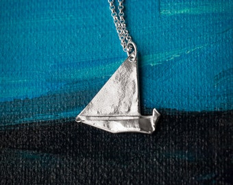 Origami Boat Necklace - Small Silver Yacht Origami Pendant