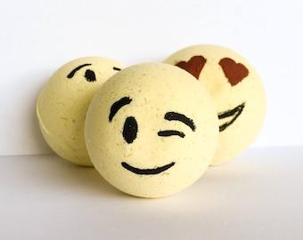 Emoji Bath Bomb ~ Yellow Bath Bomb ~ Hand Painted Bath Fizzy ~ Organic Bath Bombs ~ Natural Bath Bomb ~ Organic Bath Fizzies