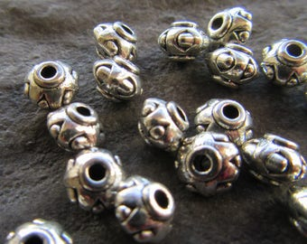 20 Antique silver Donut spacer Beads 7x5mm Hole 1mm