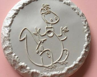1981 le flyer de disque de frisbee à mini dans Microsoft Pierrafeu - Dino le dinosaure - Hanna Barbera Productions - poteau don de céréales