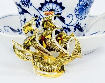Vintage Ship Brooch - Vintage Damascene brooch - Ship Brooch - Made in Spain - 24k gold plated  brooch - Gift for Him - Mid Century