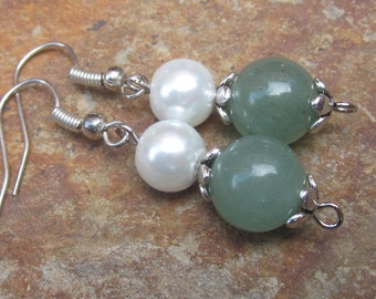 Bridesmaid earrings pearl & green aventurine earrings bohemian earrings boho jewelry set of 2 4  5  6  7  8  bridesmaid earrings wedding day