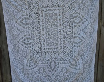222T Rectangle Cutter Ivory Lace Tablecloth, Shabby Chic, Cottage Chic