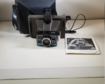 Vintage Polaroid Colorpack II Land Camera w/Hard Leather Case