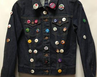 Gap denim jacket with decorative Pins size L