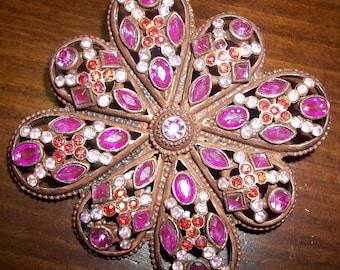 Ultra FEMININE Pink Vintage Brooch Pin
