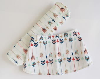 Tribal Baby Gift Set - Baby Shower Gift - Gender Neutral Baby Accessories - Bib and Burp Cloth Set