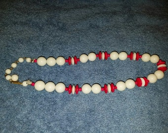 Vintage Red and White Beaded Necklace