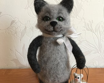 Cat with mouse Needle Felted Cat Felt Cat Sculpture Cat Lover Gift Needle Felted Animal
