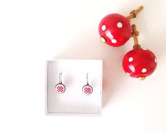 Red raster earrings Hand embroidered earrings. Gift for her. Christmas gift. Red earrings. Red ear cuffs.