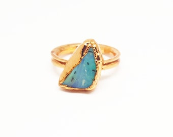Opal Chakra Ring, Electroformed Copper Ring,  Handmade with raw materials.