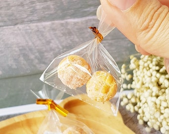 Miniature Sugar Bun Bread for Dollhouse Room box Sylvanian Barbie Families Petite Pastry Bakery Shop Breakfast Dolls Fake Food DIY Craft
