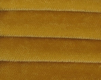 Quality 600S - Mohair - 1/4 yard (Fat) in Intercal's Color 506S-Pale Apricot. A Mohair Fabric for Teddy Bear Making, Arts & Crafts