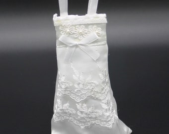 Wedding Dress Favor Pouches, pack of 10