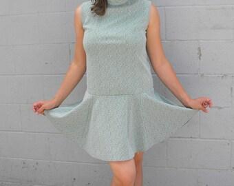 60s Mod Mini Dress Green Sleeveless Vintage M L