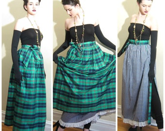 Vintage 1970s Reversible Maxi Skirt in Green Plaid / 70s Evening Skirt Holiday Party Ellen Tracy / Medium