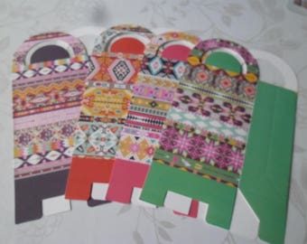 x 4 mixed boxes with multicolored pattern + 4 stickers