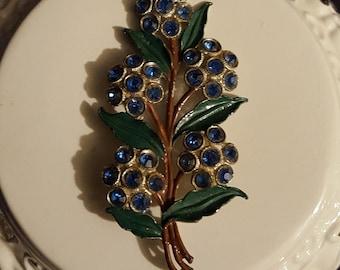 Vintage pot metal, enamel painted & blue rhinestone 3.5 in. flower floral brooch pin jewelry