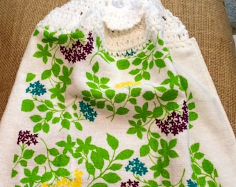 Bright Blooms with Green Leaves Crochet Top Towel (R12)