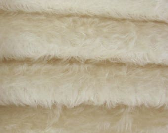 Quality 325S/C - Mohair - 1/4 yard (Fat) in Intercal's Color 100-White. A German Mohair Fur Fabric for Teddy Bear Making, Arts & Crafts