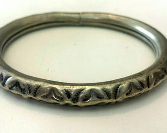 Vintage Brass Hammered Etched Bangle Bracelet.   A
