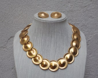 Monet Large Brushed Gold Round Disc Necklace with Matching Post Earrings - 1980s Statement Necklace