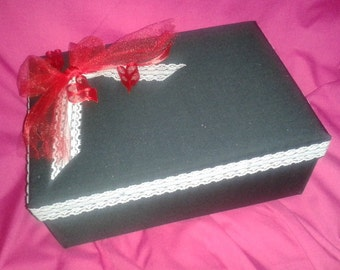 Clearance Sale !!!   Valentine Gift Box