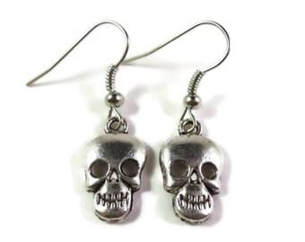 Silver Skull Charm Earrings, Antique Silver Metal Earrings, Skeleton Drop Earrings, Halloween Jewelry, Day of the Dead, Dangle Earrings