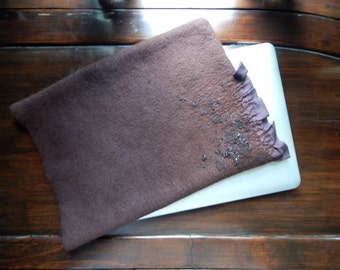 """Wool Felted 13 """"Macbook Sleeve, MacBook 13 Pro case, Laptop, Felted Wool Note Book Cover, momoish made"""