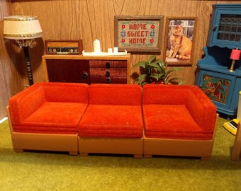 Tomy Smaller Homes Three Piece Sofa Sectional 1:16 Scale