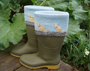 Knitted lambswool boot topper or cuff with cat design