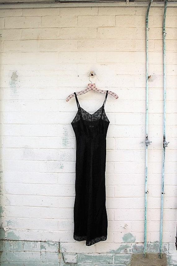 XSmall Little Black Dress/Slip Dress/Black Lace Fairy/Vintage Black slip/Mad Men/Vintage Slip/Gothic Dress/1950 slip/Vintage Lingerie
