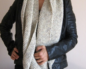infinity scarf oatmeal hand knit loop scarf wool knitted infinity scarf chunky cowl circle scarf oatmeal beige marbled