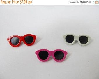 On Sale Retro 1980s Plastic Novelty Sunglasses Pins Item K # 843