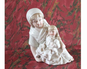 Antique German porcelain figurine, Mother and child. Conta Boehme