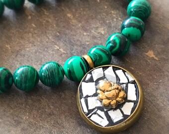 Malachite Bracelet - Green Jewelry - Beaded Jewellery - Charm - Gold - Gemstone