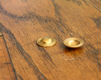 Vintage brass hollow cabochon. Sold per pair. Beadwork, Jewelry making, Jewelry supply.