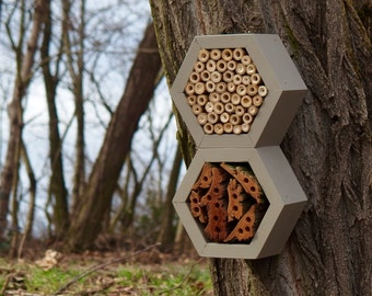 BEE HOTEL, Insect house, Mason bee home - Grandhotel Mouse